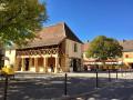 La Place de la Halle ...
